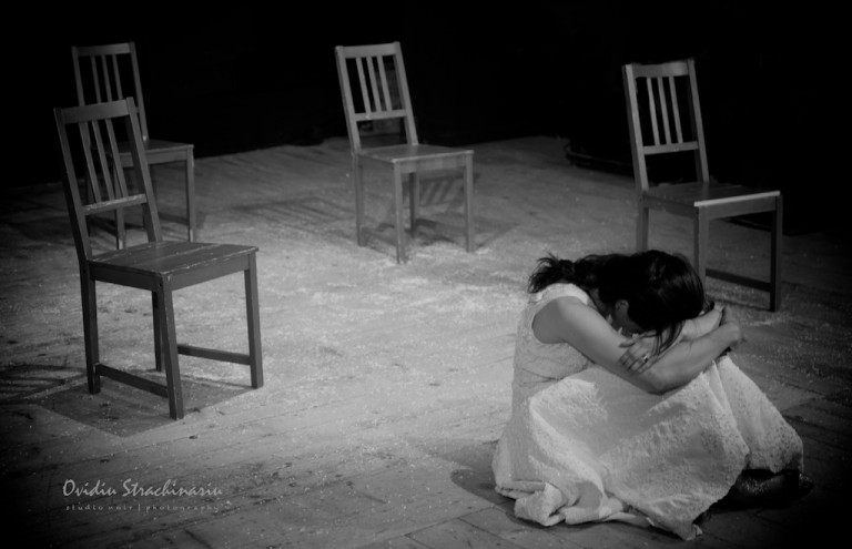 Romeo si Julieta ( No. 8925 )