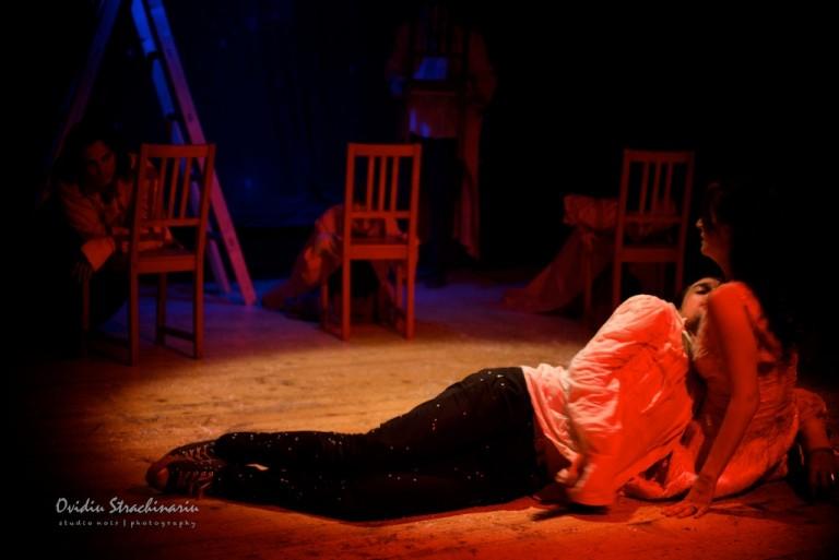 Romeo si Julieta ( No. 8949 )